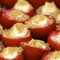 Aardbeien met cheesecake-vulling